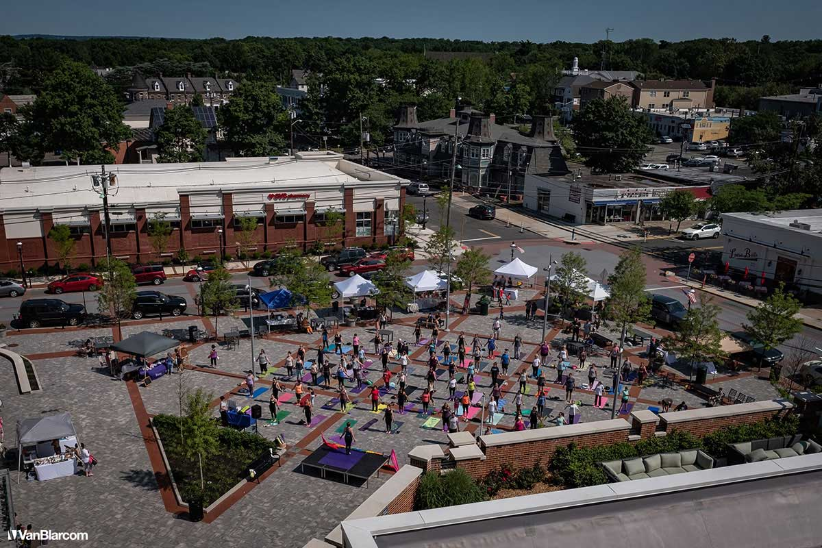 Metuchen Yoga in the Plaza